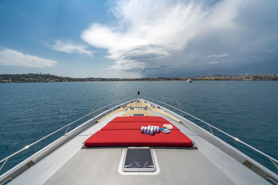 Моторная яхта KJOS Yacht #10