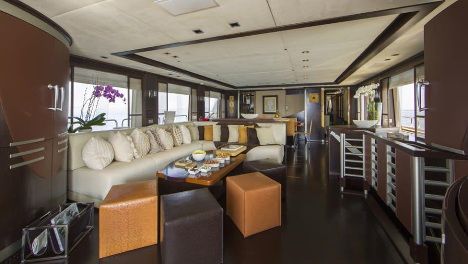 Моторная яхта QUID PRO QUO Yacht #8