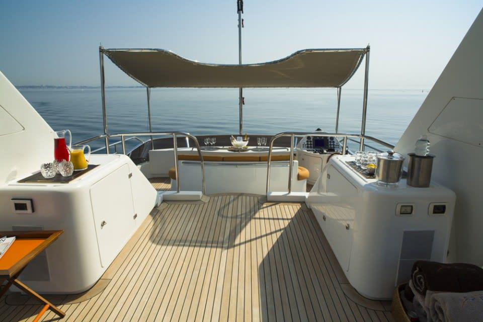 Моторная яхта QUID PRO QUO Yacht #9