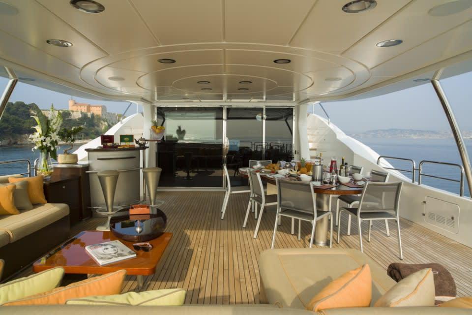 Моторная яхта QUID PRO QUO Yacht #11