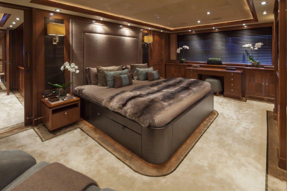 Моторная яхта SOFICO Yacht #12