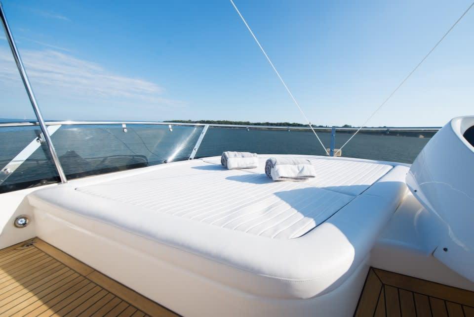 Моторная яхта LAZY P Yacht #5
