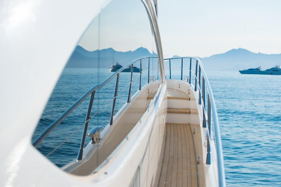 Моторная яхта LAZY P Yacht #4
