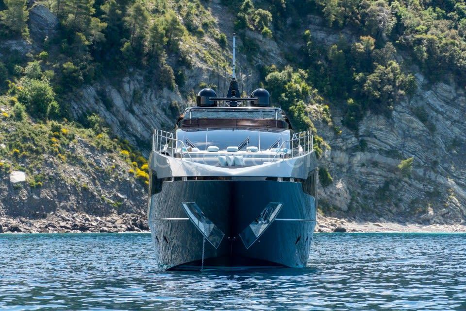 Моторная яхта UNKNOWN Yacht #12