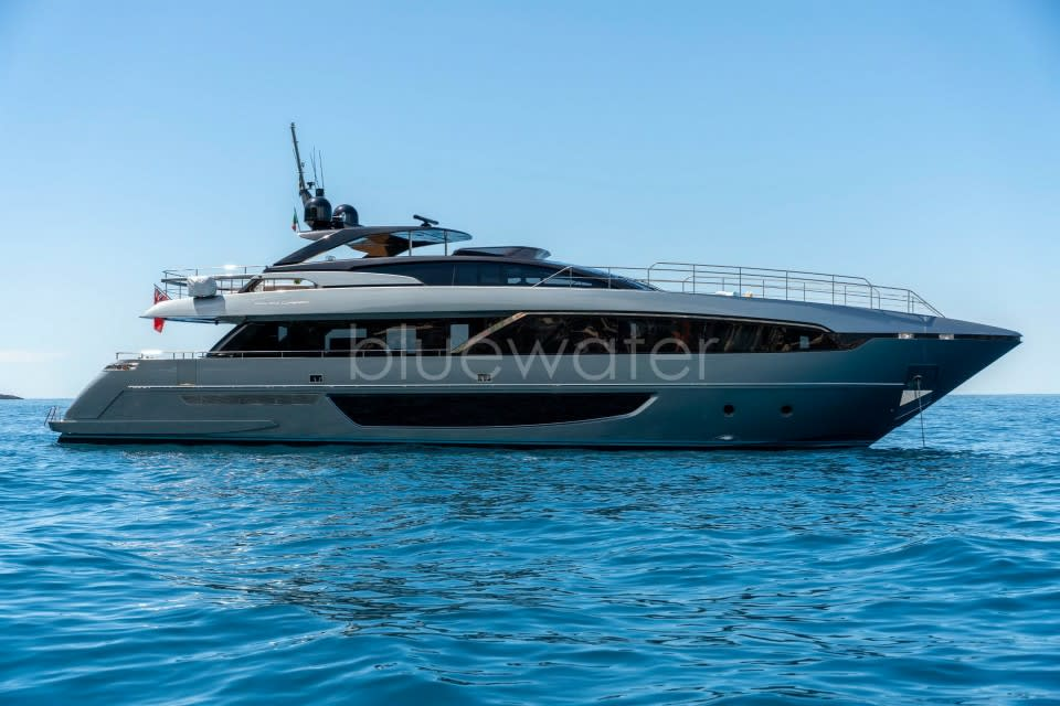 Моторная яхта UNKNOWN Yacht #2