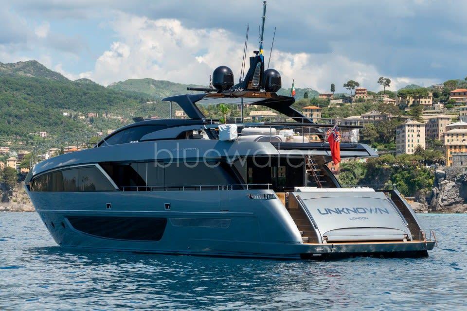 Моторная яхта UNKNOWN Yacht #3