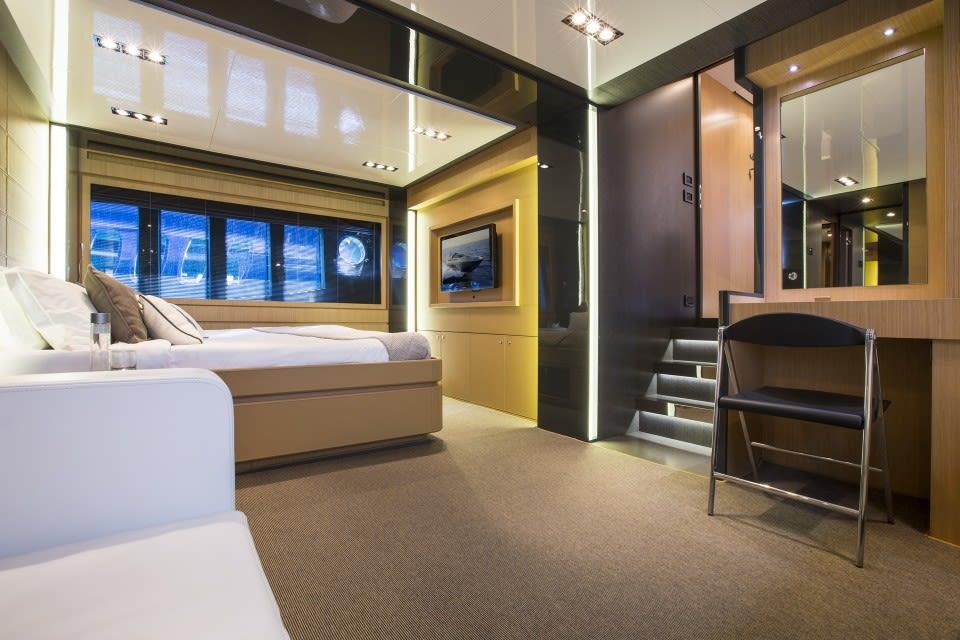 Моторная яхта Rhino A Yacht #18
