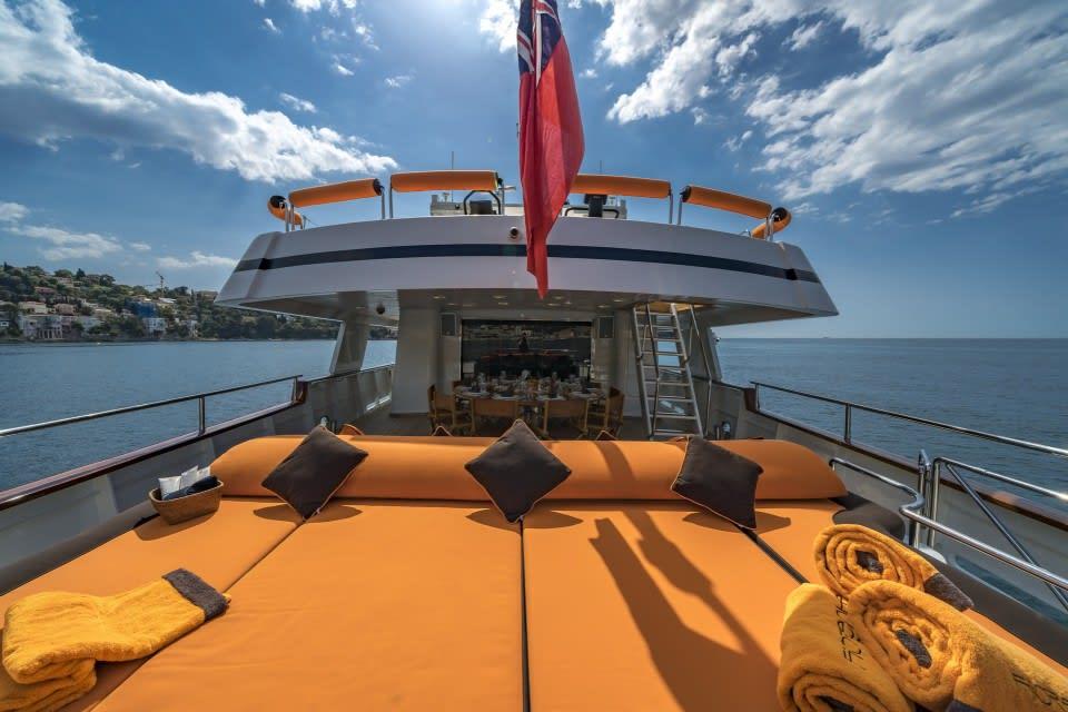 Моторная яхта Fiorente Yacht #9