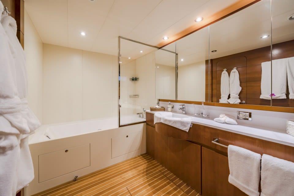 Моторная яхта Fiorente Yacht #20