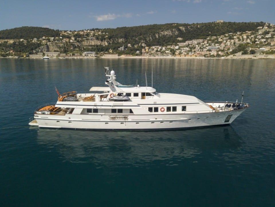 Моторная яхта Fiorente Yacht #26