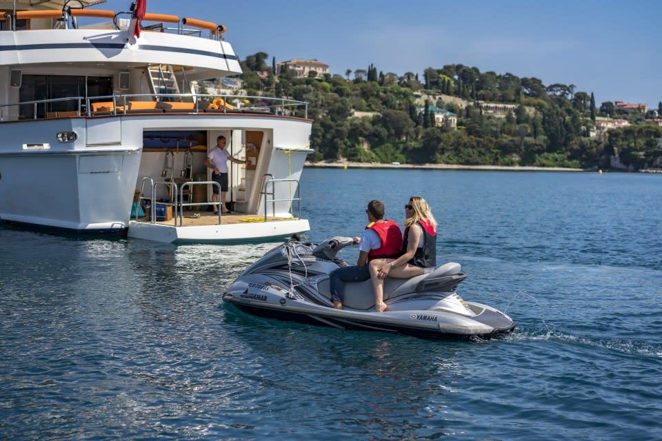 Моторная яхта Fiorente Yacht #27