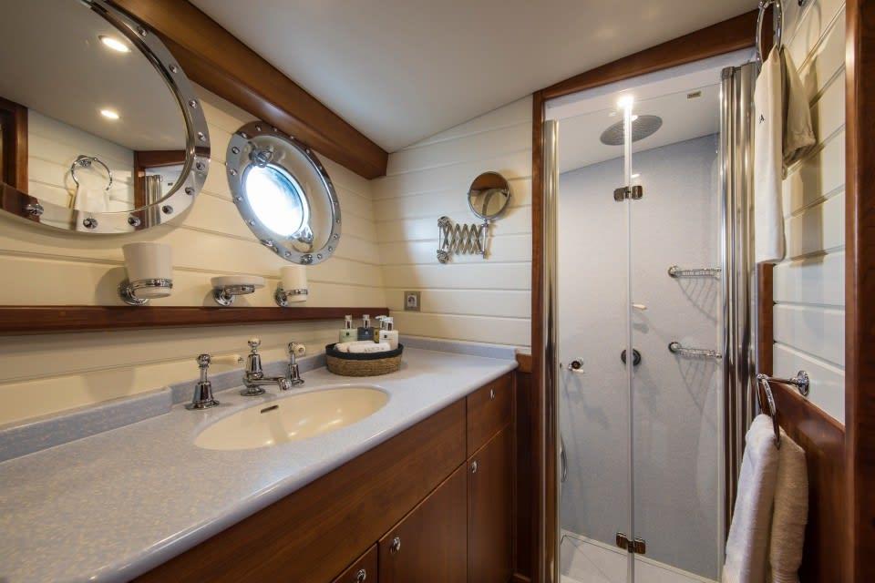 Парусная яхта Alexa of London Yacht #9