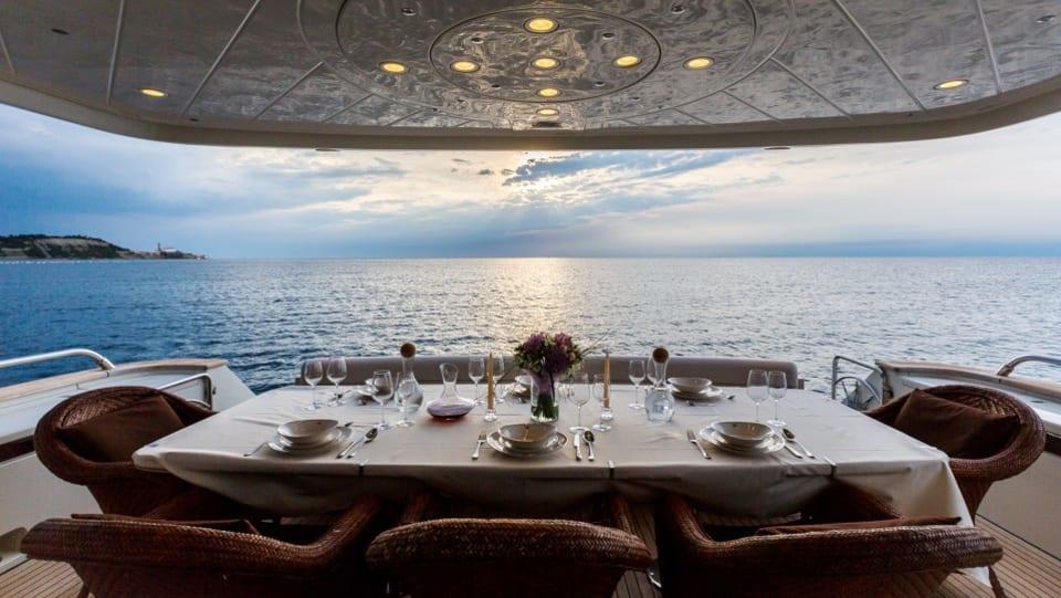 Моторная яхта Vellmari Yacht #3