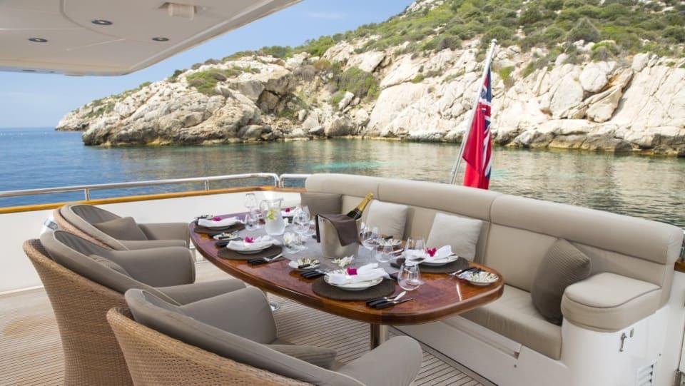 Моторная яхта Vogue Yacht #2