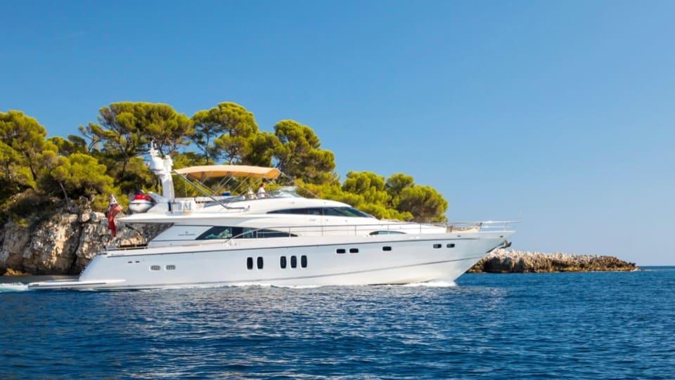 Моторная яхта D5 Yacht #1