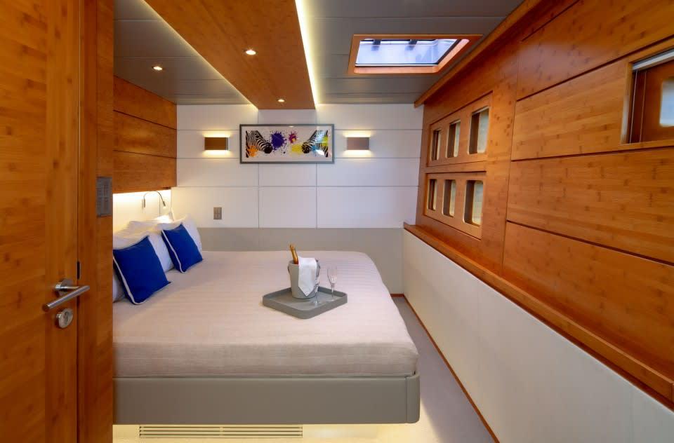 Моторная яхта CHE Yacht #20