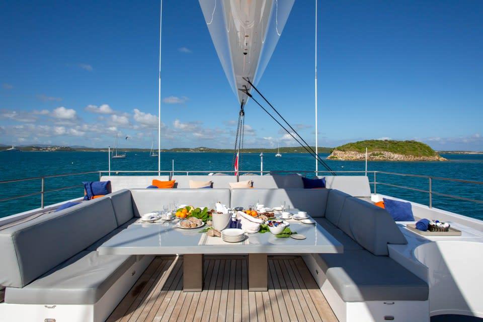Моторная яхта CHE Yacht #10