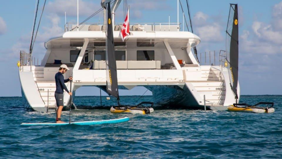 Моторная яхта CHE Yacht #3