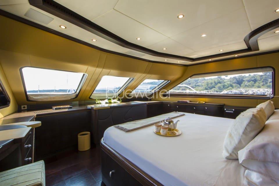 M/Y Quid Pro Quo Yacht #13