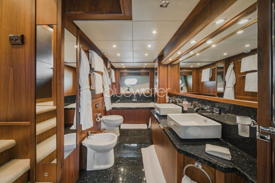 M/Y The Devocean Yacht #13