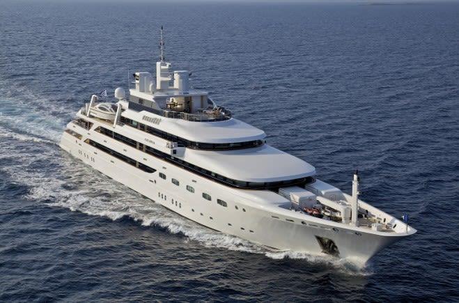 O'Mega Аренда яхты | Mitsubishi Yachts
