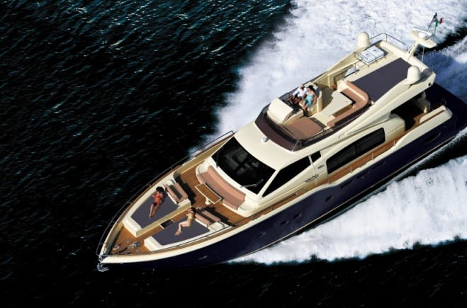 To Escape Yacht Charter | Ferretti