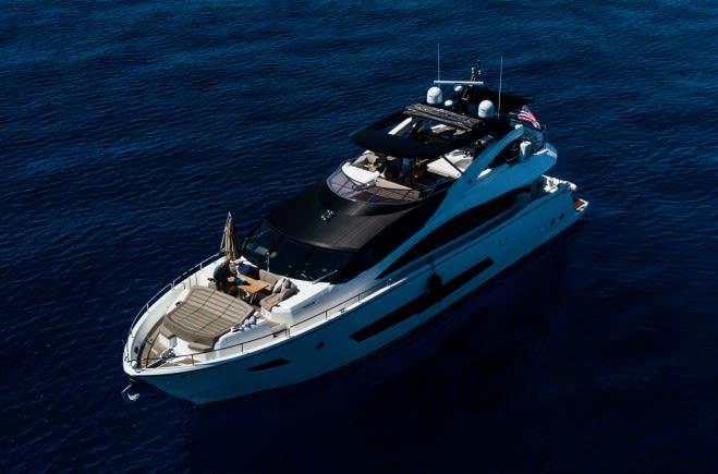 Dolce Vita Yacht Charter | Sunseeker