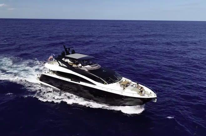 Моторная яхта TAKE IT EASY IV | Sunseeker