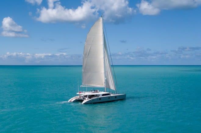 CHE Yacht Charter | Sunreef Yachts