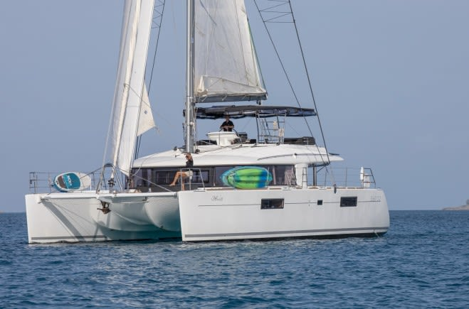Парусная яхта WHISPERS II | Lagoon
