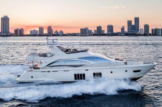 PHOENIX Yacht Charter | Azimut