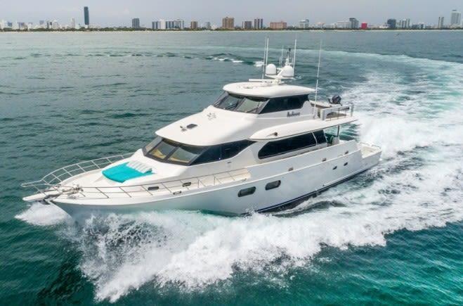 Моторная яхта ANDIAMO | Symbol Yachts