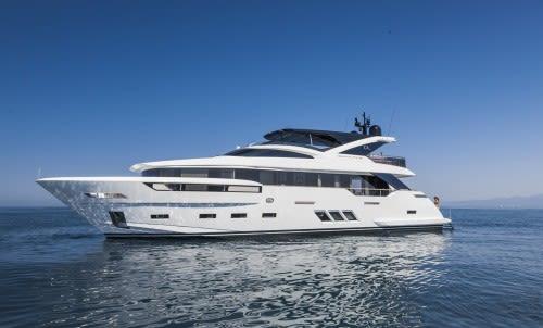 Яхта PODEROSO на международном яхт-шоу во Флориде
