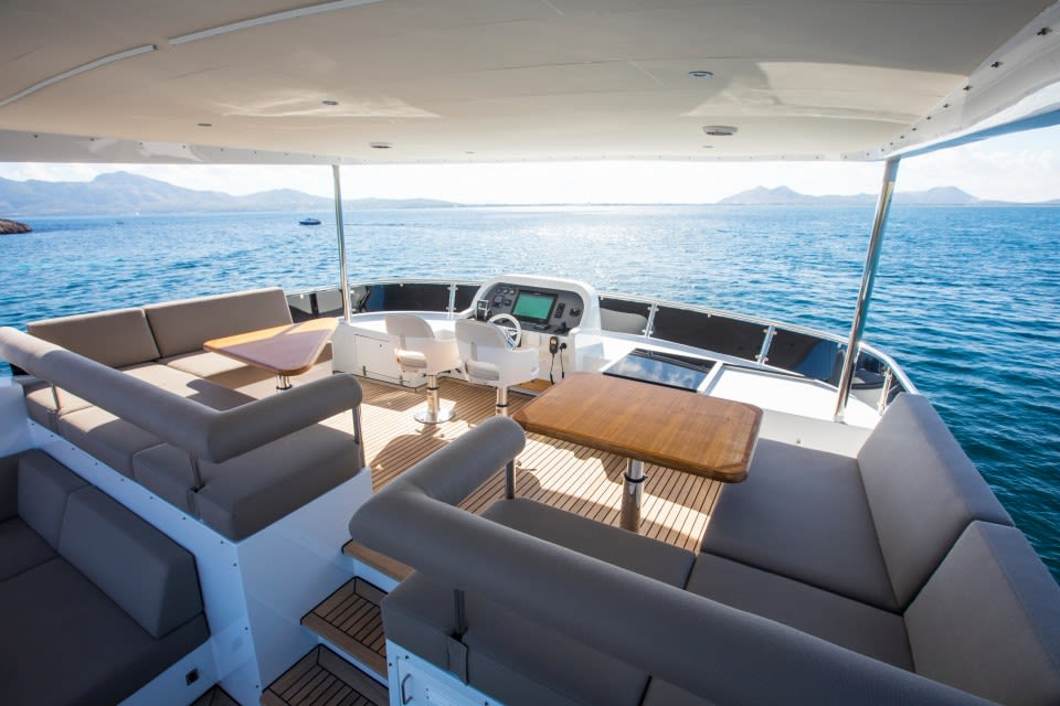M/Y Eighteen Two Yacht #9