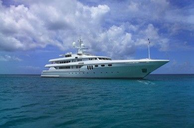 Apogee Yacht Charter | Codecasa