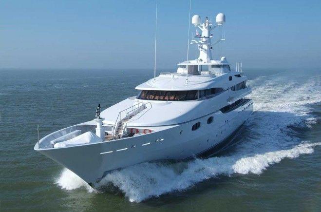 Lady Sheridan Yacht Charter | Abeking & Rasmussen