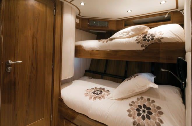 S/Y Lady Thuraya Yacht #9