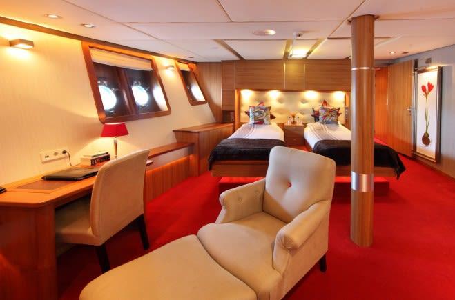 M/Y Sherakhan Yacht #16
