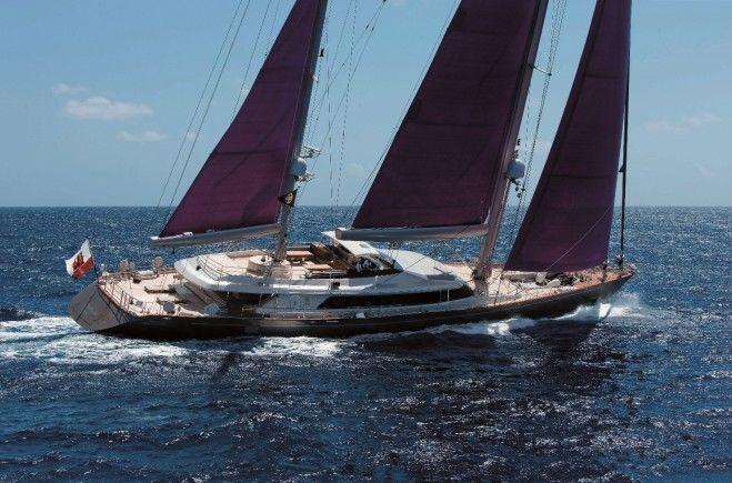 Baracuda Valletta Yacht Charter | Perini Navi