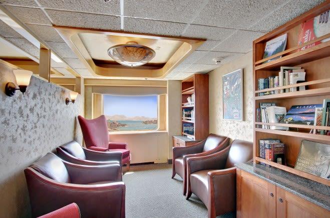 M/Y Endeavour Yacht #10