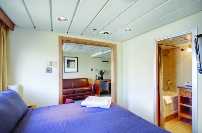 M/Y Endeavour Yacht #14
