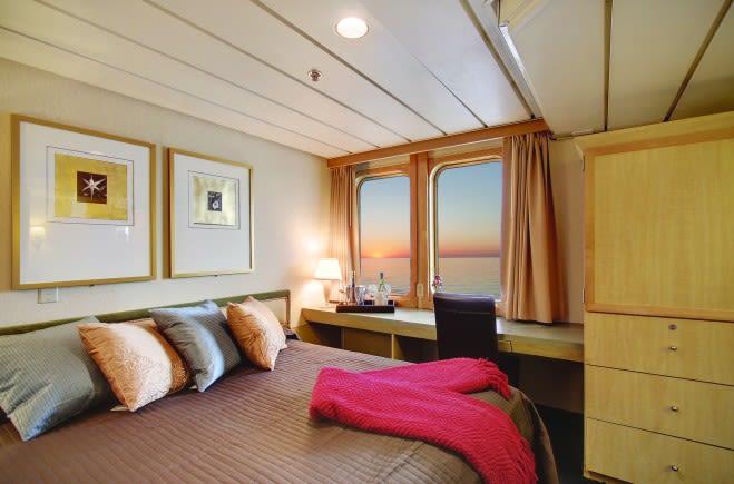M/Y Endeavour Yacht #13