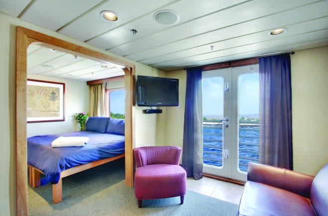 M/Y Endeavour Yacht #15