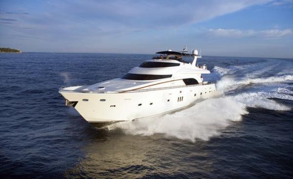 Lady Carola Yacht Charter | De Birs Yachts