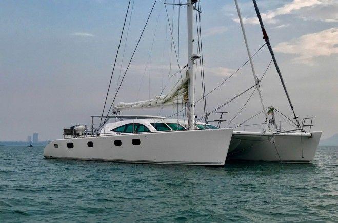 Laysan Yacht Charter | Serenity Shipyard
