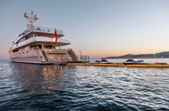 M/Y Light Holic Yacht #2