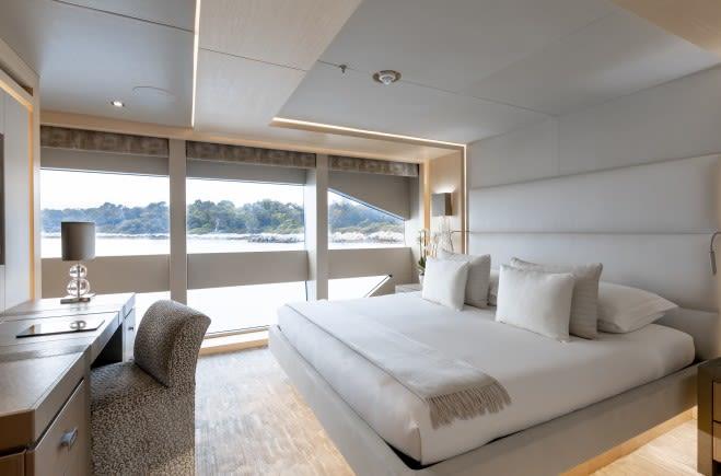 M/Y ARADOS Yacht #12