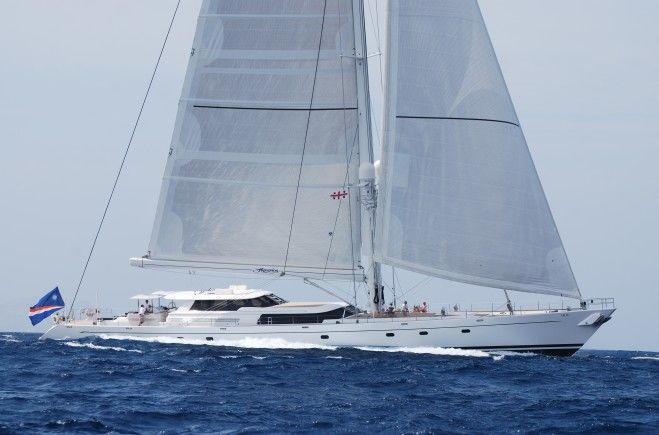 Hyperion Yacht Charter | Royal Huisman
