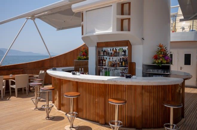 M/Y Christina O Yacht #10