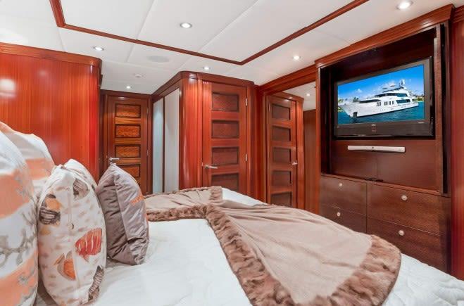 M/Y OCEAN CLUB Yacht #17